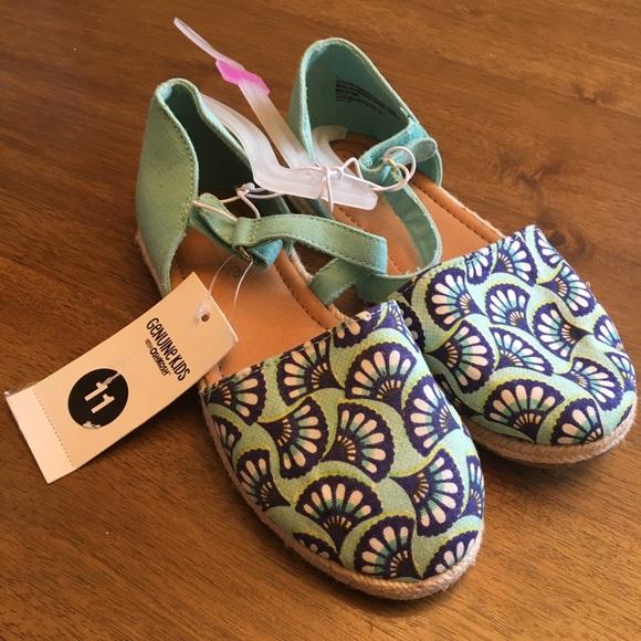 17fdf98677a4 🌟NWT OshKosh Toddler Girls KeylaEspadrille Sandal
